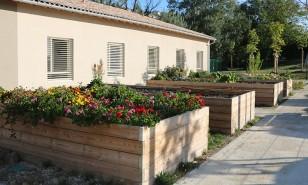 Lauzerte - jardinière et carré potager - Sud Environnement